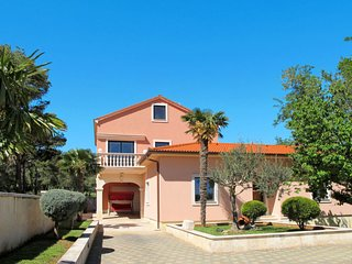 3 bedroom Villa in Liznjan, Istria, Croatia : ref 5638277