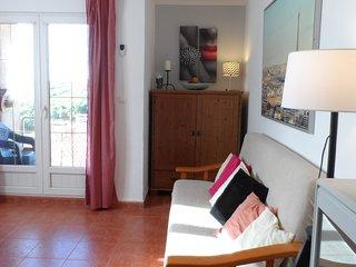 Apartamento ROSA, mucha luz, gran terraza y buenas vistas, en Comillas-Cantabria