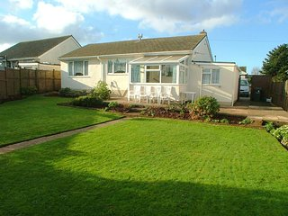 Kingsway - Large Bungalow - Quiet Residential Area
