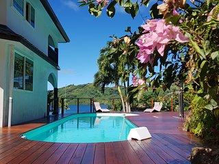 VILLA MAROE (étage entier avec piscine)
