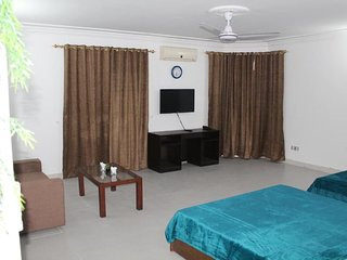Unit #9 Mudan Regency Guest House
