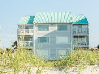 Spacious Oceanfront Condo (A3) with 4 Bedrooms/3 Baths with Pool-Pets Welcome