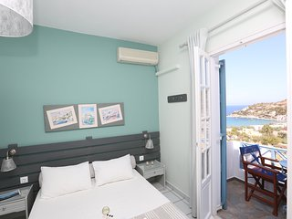Kini Bay Studio with Balcony & Seas View No6