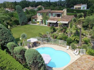 Luxurious Villa Close to centre Valbonne