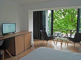 Prime Hotel (Bedroom 4)