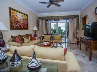 3- Bedroom Beachfront Condo in Luxury Resort