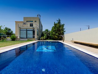 Idyllic villa with pool in the countryside!