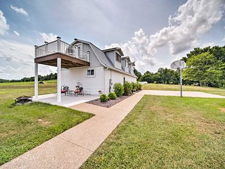 Updated Berger Cottage w/ Pool on Private Farm!