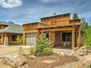Choice Western Cabin 2 Blocks from Grand Lake!