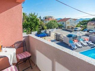 Apartment Fortuna Zadar with pool A4 2 pax