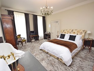 East Walls Hotel , Chichester - Double - Room 1