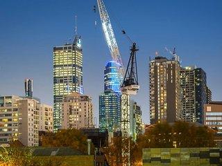 Melbourne, FITZROY, STH MELB-4-5Beds/5baths.5-16PAX