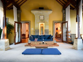 VILLA KOSY Our Beautiful and Cosy Sanur Home