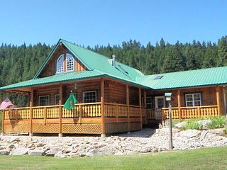 White Pine Lodge Mountain Retreat