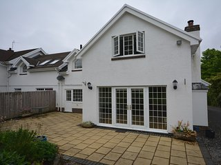 60704 Cottage situated in Cosheston