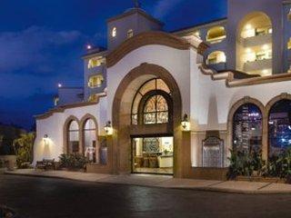 Coral Baja Lobby & Check-in.