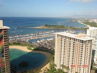 Hilton Grand Vacations Lagoon Tower Waikiki Beach