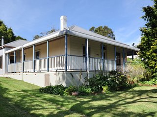 FAIRVIEW, Gerringong - Pay for 2, stay for 3 + 2pm check out Sundays!