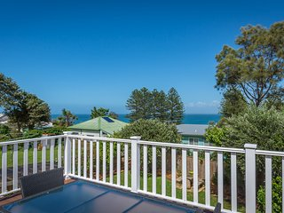 BEACH RETREAT, Gerroa - Pay for 2, stay for 3 + 2pm check out Sundays!