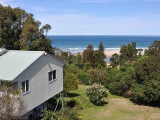 SPINIFEX, Gerroa: Family friendly with views of beach