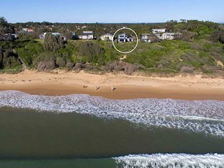 BEACH PERFECT, Culburra Beach - Absolute Beachfront