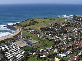 RENDEZVOUS, Gerringong - Pay for 2, stay for 3 + 2pm check out Sundays!