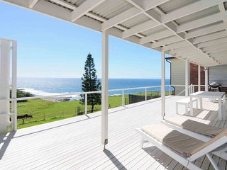 ONE TREE, Gerroa - North facing ocean views &  4pm check out Sundays!