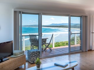 90 OCEAN'S EDGE, Gerroa -  Stunning views!