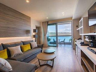 Suite ~ Oniros Residences