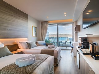 Superior Room with Sea View ~ Oniros Residences