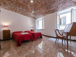 Genova Holiday Apartment 10678