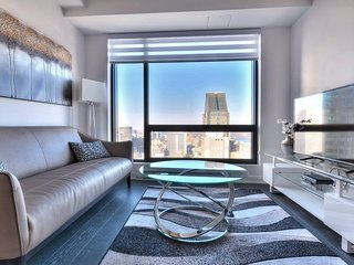 4306 TDC · High End Condo-Tour des Canadiens- Top Location 3J