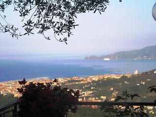Cute apartment with seaview over Portofino gulf