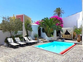 2 bedroom Villa in Megalochori, South Aegean, Greece : ref 5636924