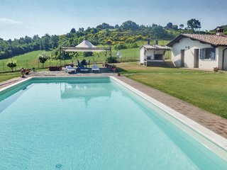 3 bedroom Villa in Uppiano, Umbria, Italy : ref 5566967