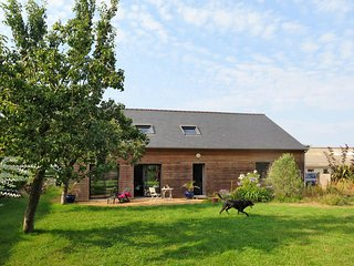 3 bedroom Villa in Pleubian, Brittany, France : ref 5436275