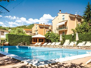 1 bedroom Apartment in Fornaci, Liguria, Italy : ref 5551336