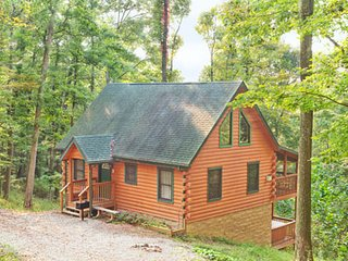 Mockingbird Cabin at Hummingbird Hills (Hocking Hills area)