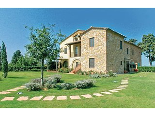3 bedroom Apartment in Alberi, Tuscany, Italy : ref 5523598