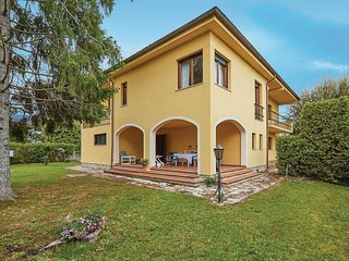 3 bedroom Villa in San Colombano, Tuscany, Italy : ref 5540982