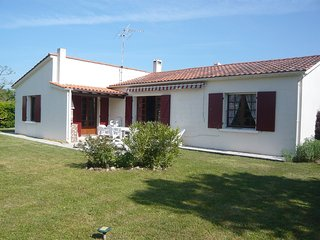 4 bedroom Villa in Dolus-d'Oleron, Nouvelle-Aquitaine, France - 5514868