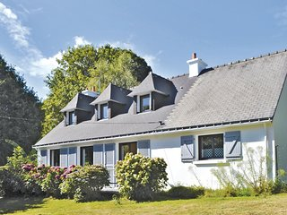 4 bedroom Villa in Brigneau, Brittany, France : ref 5538933