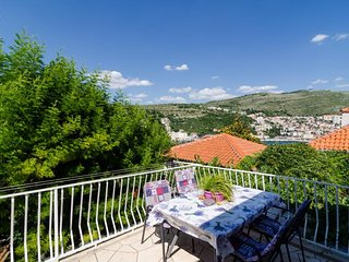 Apartments Todo - Two Bedroom Apartment with Terrace