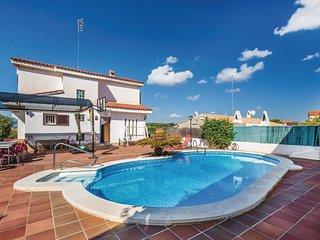 4 bedroom Villa in Vilanova i la Geltru, Catalonia, Spain - 5533915