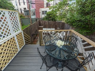 5BR/3BA on Capitol Hill: 2 Blocks to Metro/Capitol