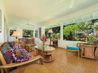 NEW LISTING! Hanalei Bay beachfront single-level house with amazing location