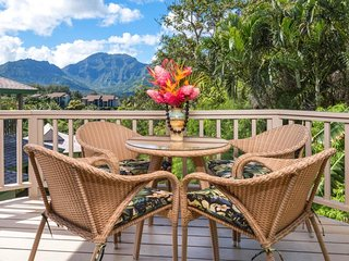 NEW LISTING! Luxurious villa w/private lanai, mountain views & easy beach access