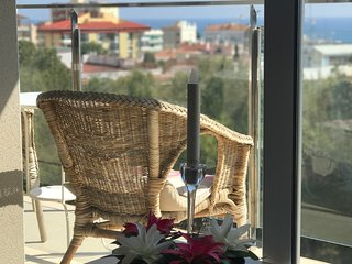 Lux Sea View Apartment *****