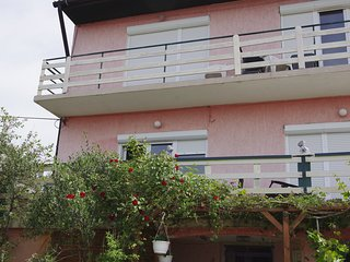 APARTMENTS  OPSENICA RAB APPT 7 person