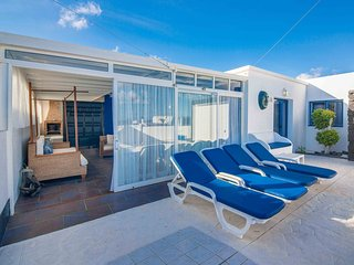 VILLA GALAN Luxury Villa just 80m from sea, Great